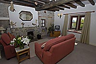 Croft Holiday Cottage, Derbyshire - Image: photo shows spacious lounge with open fire